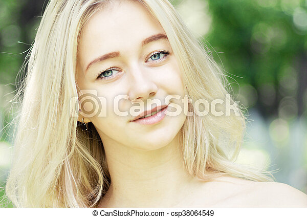 young beautiful woman - csp38064549