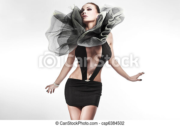 Young beauty posing - csp6384502