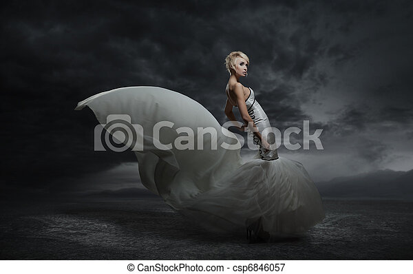 Young beauty woman wearing gorgeous dress - csp6846057