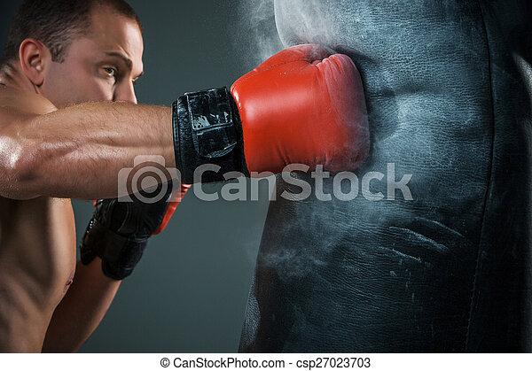 Young Boxer boxing  - csp27023703
