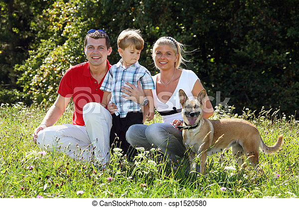 Young family - csp1520580