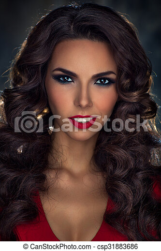Young sexy brunette woman portrait - csp31883686