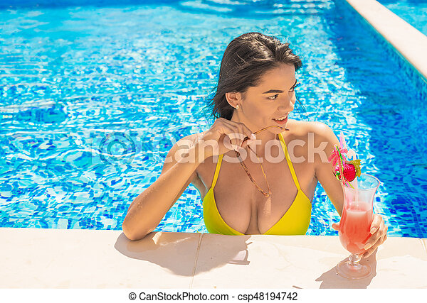 You sexy girl in pool but not