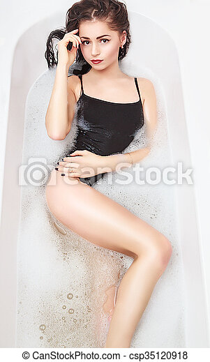 Young Sexy Girl In A Bath With Foam Csp35120918
