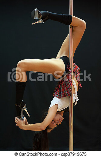 Young sexy pole dance woman - csp37913675