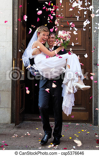 Young wedding couple - csp5376646