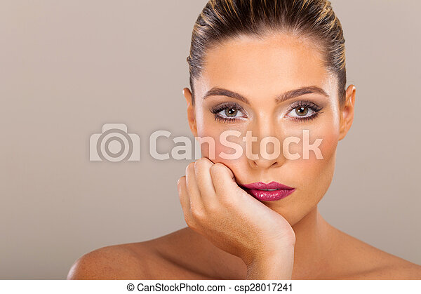 young woman beauty face - csp28017241