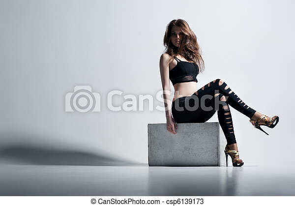 Young woman fashion - csp6139173