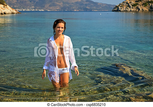 Young woman on the beach - csp6835210