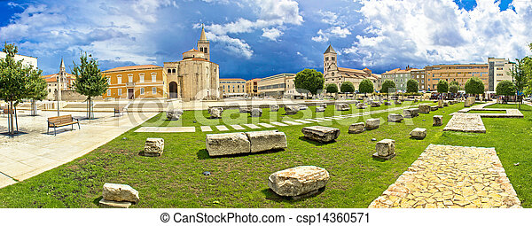 Zadar green square panoramic view - csp14360571