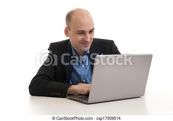 zakenman, laptop computer - csp17939514