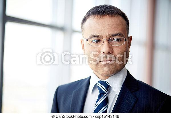 zakenman, middelbare leeftijd  - csp15143148