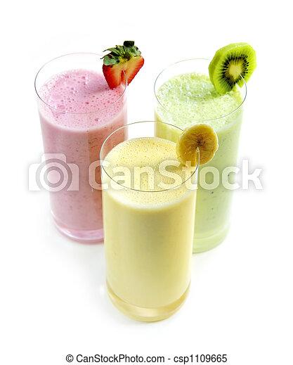 Batidos de fruta - csp1109665