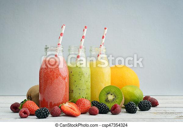 zalameros, fruta, botellas, retro - csp47354324