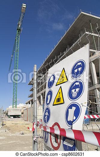 zbudowanie, bezpieczeństwo - csp8602631
