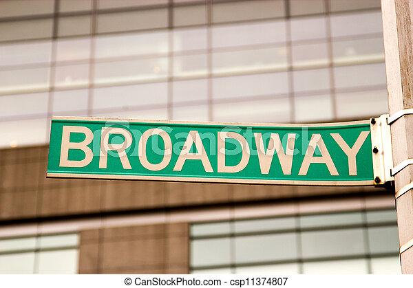 zeichen, broadway, york, neu  - csp11374807