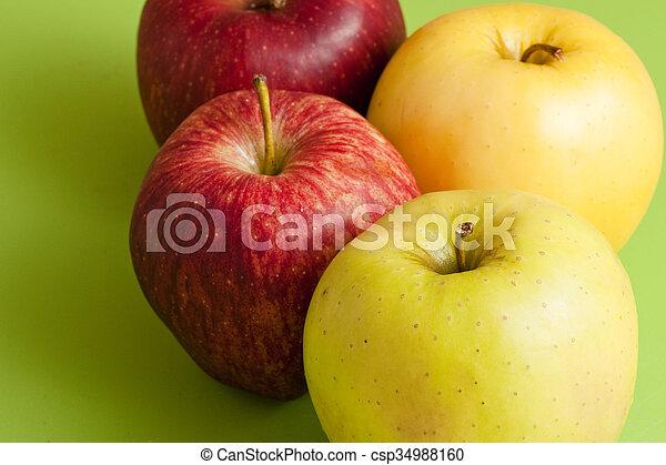 zielone jabłka, czerwony - csp34988160