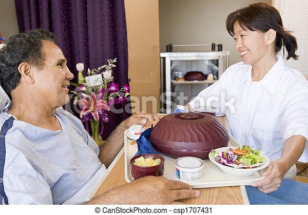zijn, patiënt, bed, portie, verpleegkundige, maaltijd - csp1707431