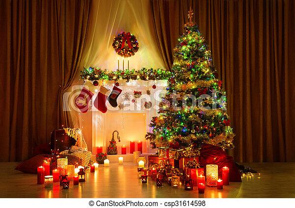 Weihnachtsdeko Lichter.Zimmer Baum Weihnachtsdeko Lichter Inneneinrichtung Nacht Daheim Kaminofen Weihnachten