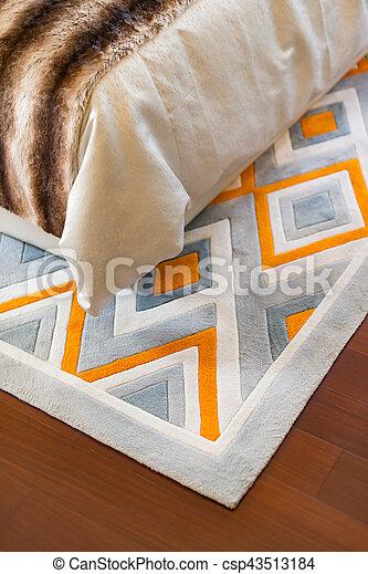 Zimmer Boden Bett Holz Ecke Links Teppich