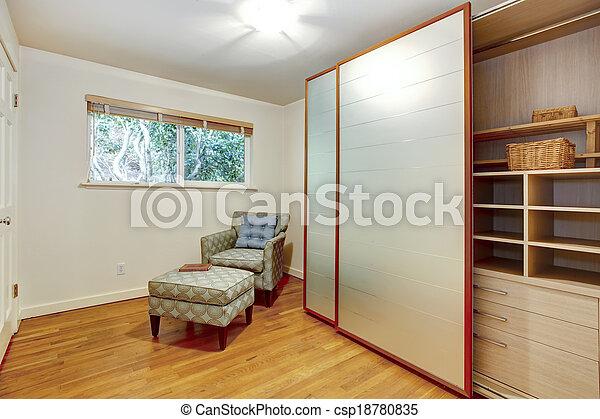 Zimmer, Hell, Kabinett, Klein, Rutsche, Türen, Garderobe   Csp18780835