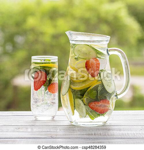 Zitronesaft, blätter, getränk, ice., wasser, diätetisch, gurke ...