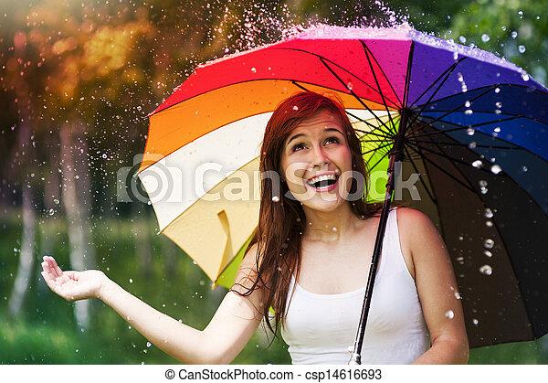 zomer, vrouw, paraplu, regen, gedurende, verwonderd - csp14616693