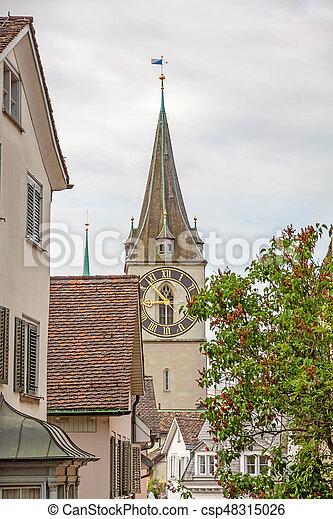 St. Peter (Landmark) Zurich, en el centro - csp48315026